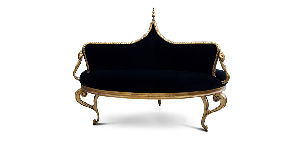 This exclusive sofa design makes this an unique furniture piece. Luxurious upholstered round sofa results in a fashion furniture.